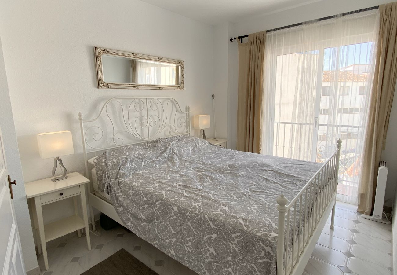Apartment in Nerja - Apartamento Plaza Cavana